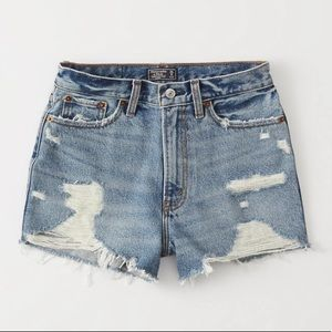 NWT Abercrombie & Fitch Annie High Rise Shorts